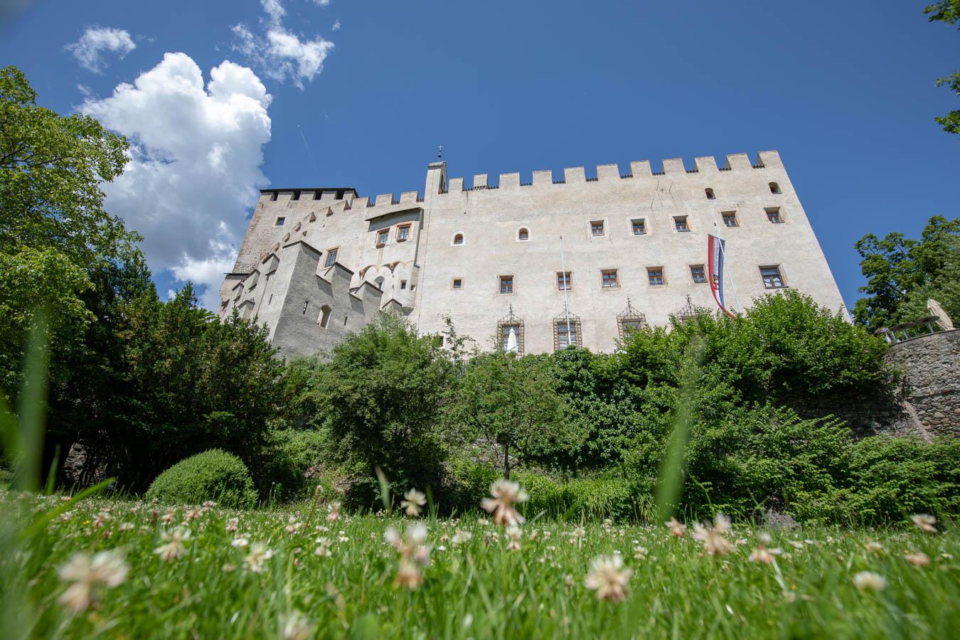 villa-sonnata-omgeving-schloss-bruck-lienz